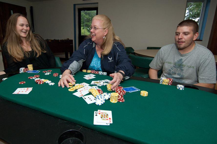 Toujours une bonne ambiance autour d'une table de poker